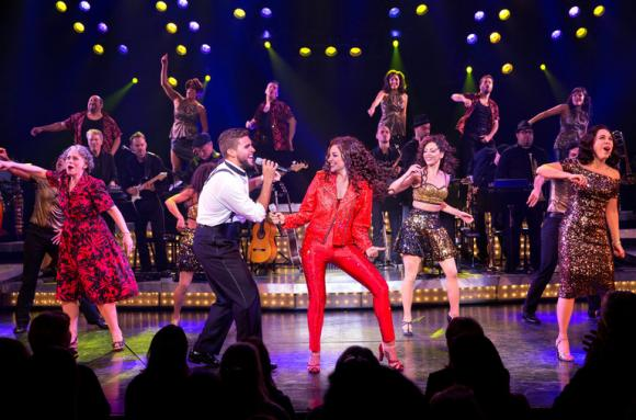 On Your Feet at Shea's Performing Arts Center