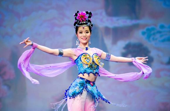 Shen Yun Performing Arts at Shea's Performing Arts Center