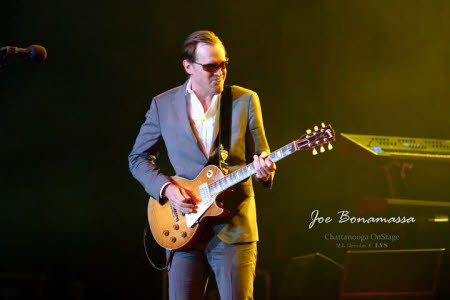 Joe Bonamassa at Shea's Performing Arts Center