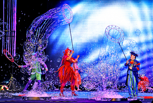The Underwater Bubble Show at Shea's Performing Arts Center